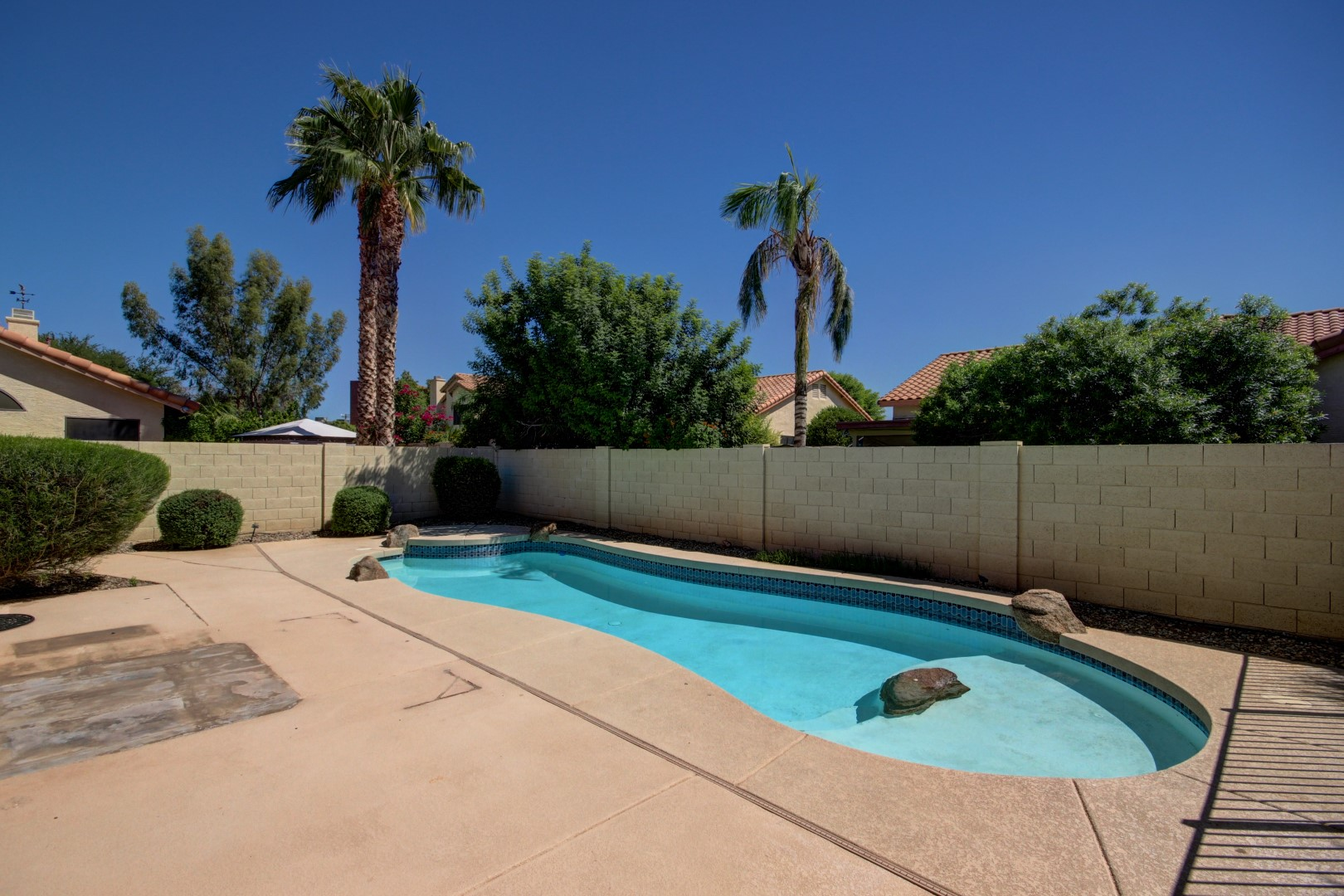 Garden Lakes Home In Avondale 85392 Andrew Robb Re Max