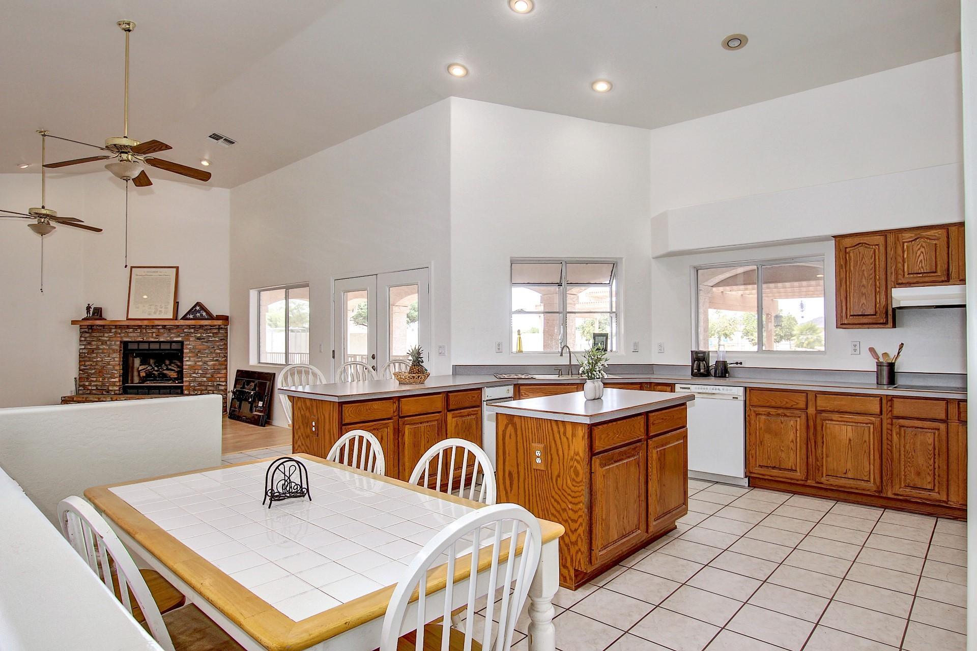 North Peoria Az Custom Home For Sale Andrew Robb Re
